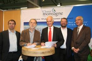 Signature de la convention de partenariat Cluster Montagne / Savoie Angels - 26 avril 2013