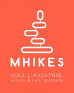 Mhikes - Logo RVB - Baseline bas - Blanc sur fond orange